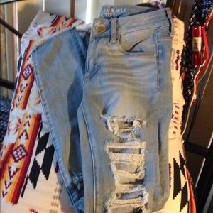 American eagle high wasted destroyed jeans size 2